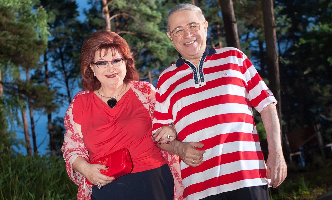 Петросян с размахом отметил развод со Степаненко