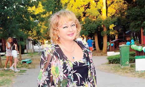 Наталья Гвоздикова – об изменах мужа: «Такая рана никогда не заживает»