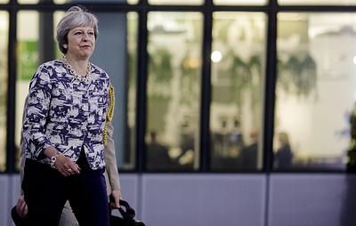 Times: Мэй пригрозила несогласным с ее планом по Brexit досрочными выборами