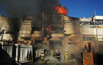 Площадь пожара на заводе в Рязани увеличилась до 2 тыс. кв. метров