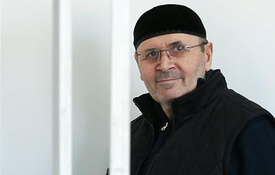 """Суд в Чечне начал рассматривать дело главы """"Мемориала"""" Титиева о хранении наркотиков"""