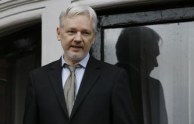 WP: Джулиану Ассанжу предъявили обвинения в США