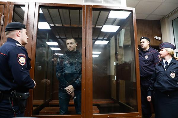 Кокорина и Мамаева перевели из карантина